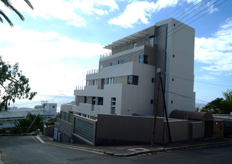 Bantry Bay Apartments02